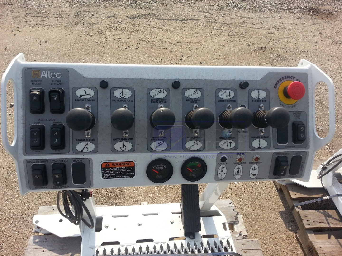 Control Station Seat for Digger Altec - Complete
